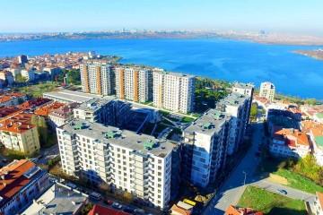 شقق للبيع في إسطنبول بإطلالات بحرية على بحيرة كوشوك شكمجة