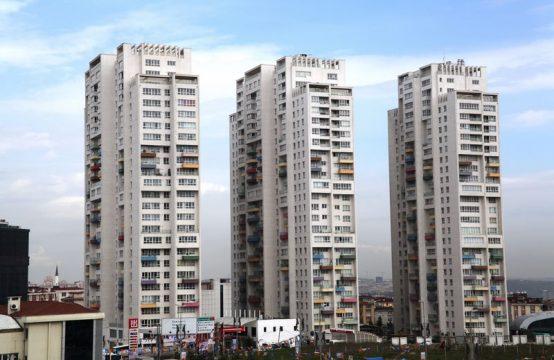 شقة مفروشة للبيع في اسطنبول ثلاث غرف وصالة (REF-285)