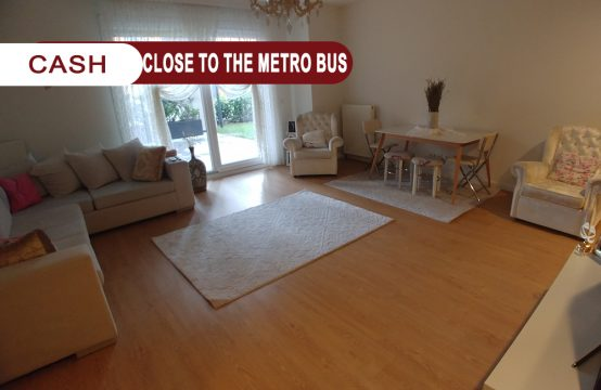 Apartment for sale in Istanbul Close to the metro bus    REF 339
