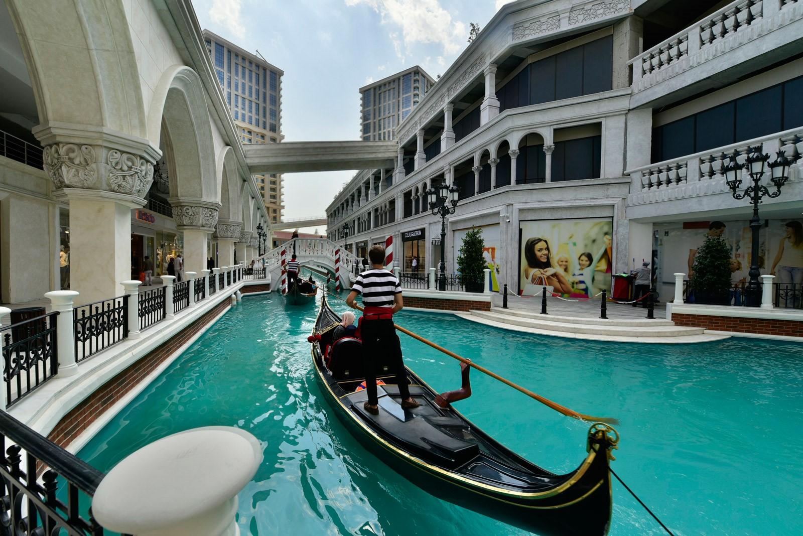 أنشطة يمكنك القيام بها في فينيسيا مول Venezia mall Mega Outlet :