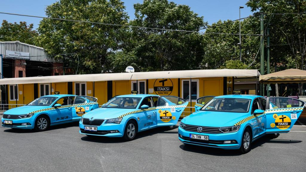 سيارات الأجرة ( تكاسي إسطنبول )