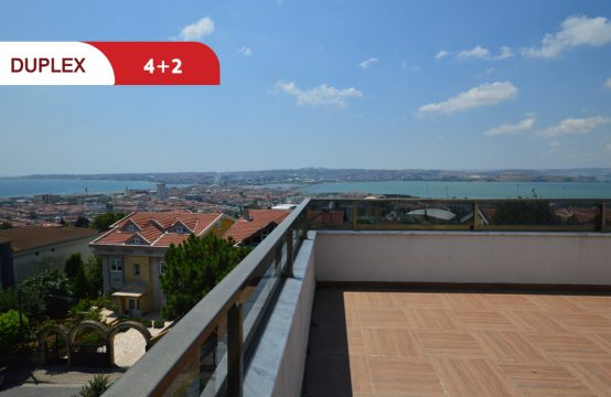 Duplex apartment for sale in Istanbul – Büyükçekmece with charming sea view || REF 372