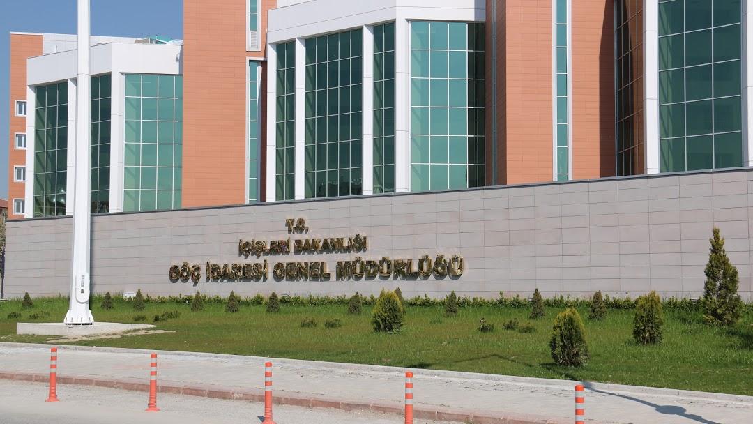 إدارة الهجرة تُحسم الجدل حول الإقامة السياحية في تركيا